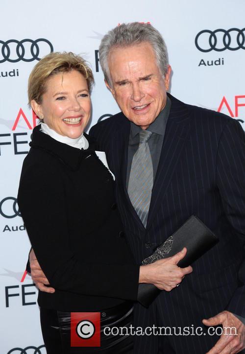 Annette Benning and Warren Beatty 7