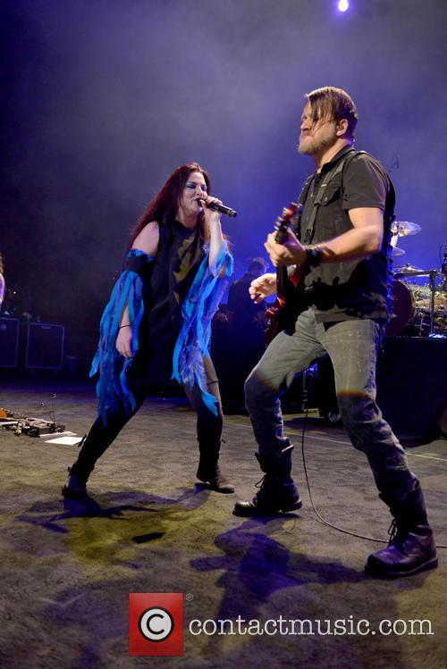 Amy Lee and Troy Mclawhorn 11
