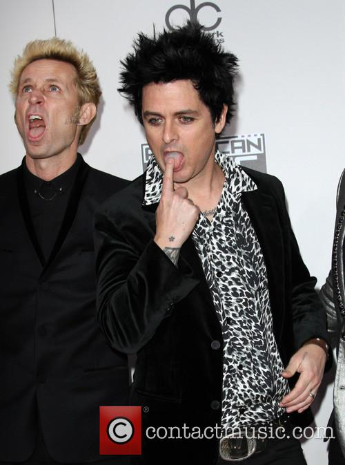 Mike Dirnt and Billie Joe Armstrong 4