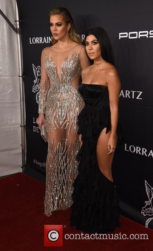 Khloe Kardashian and Kourtney Kardashian 6