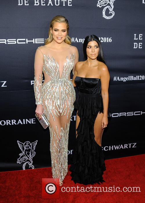 Khloe Kardashian and Kourtney Kardashian 2