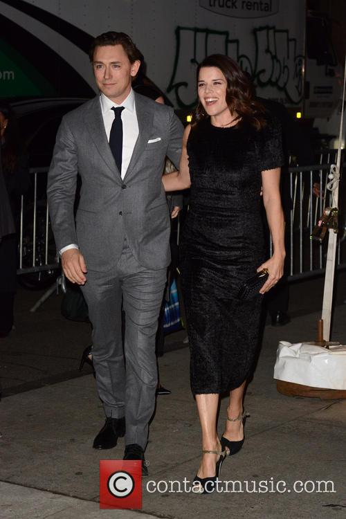 Jj Feild and Neve Campbell 1