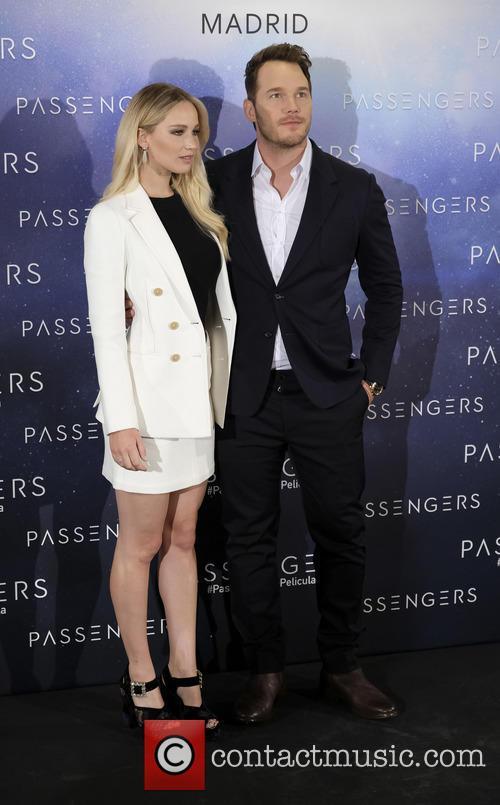 Jennifer Lawrence and Chris Pratt 3