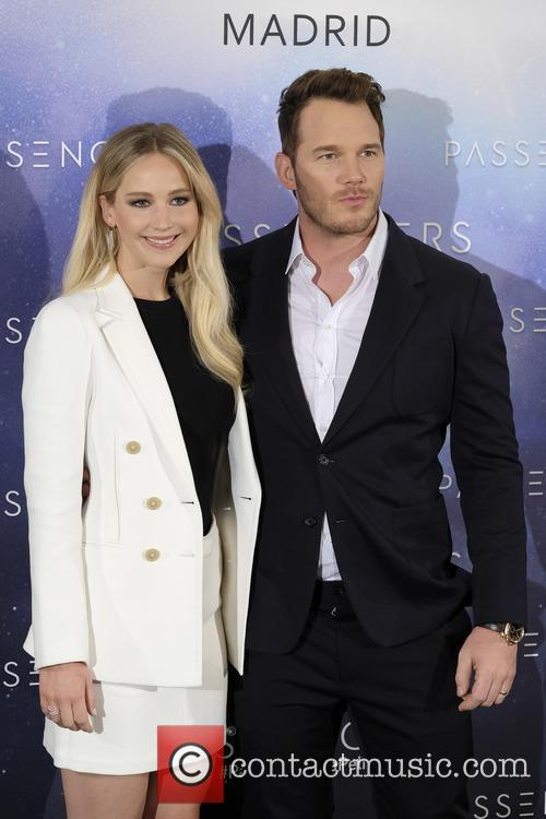 Jennifer Lawrence and Chris Pratt 4