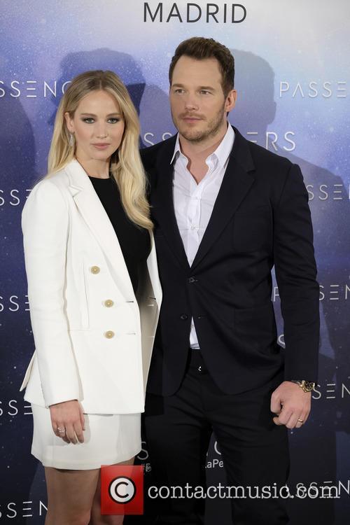 Jennifer Lawrence and Chris Pratt 5