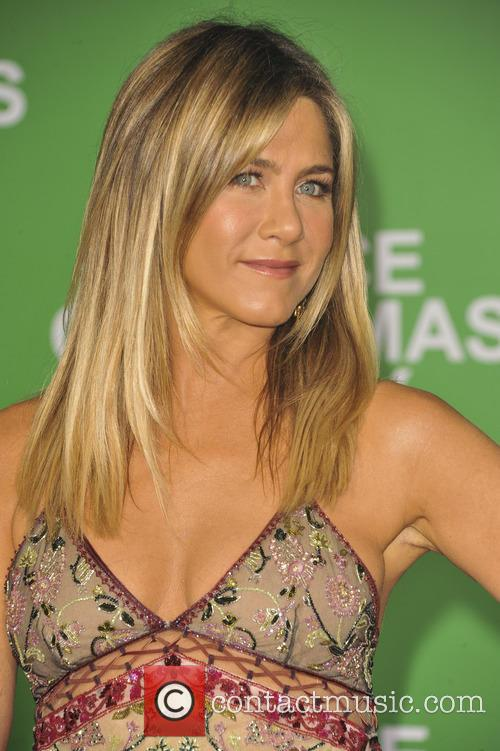 Jennifer Aniston 11