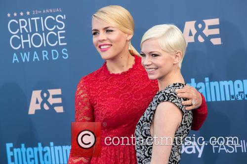 Busy Philipps and Michelle Williams 6