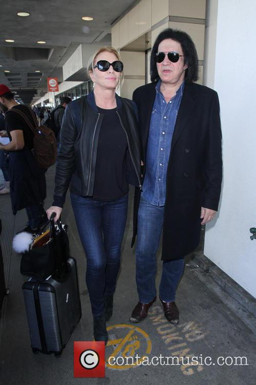 Shannon Tweed and Gene Simmons 4