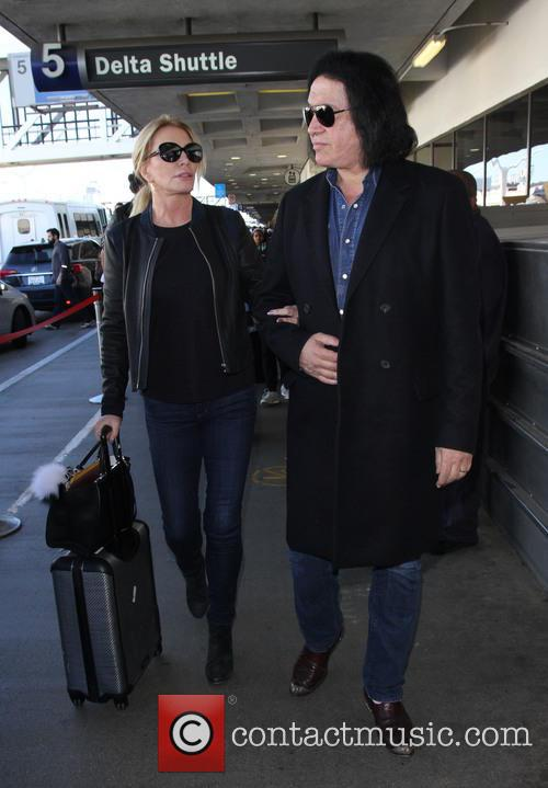 Shannon Tweed and Gene Simmons 11