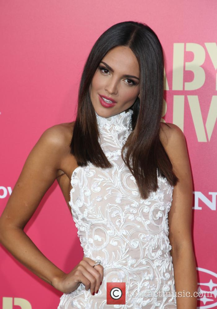 Eiza Gonzalez 8