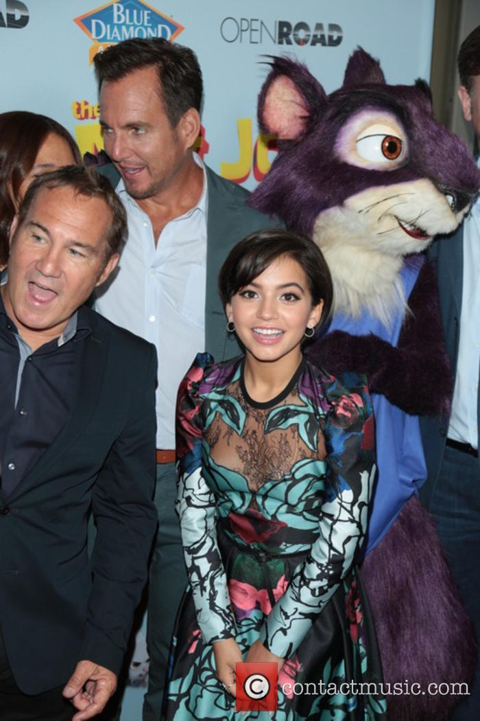 Will Arnett and Isabela Moner 1