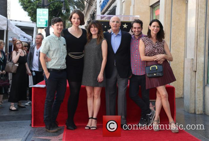 Rhys Ernst, Our Lady J, Kathryn Hahn, Jeffrey Tambor, Jay Duplass and Amy Landecker 2
