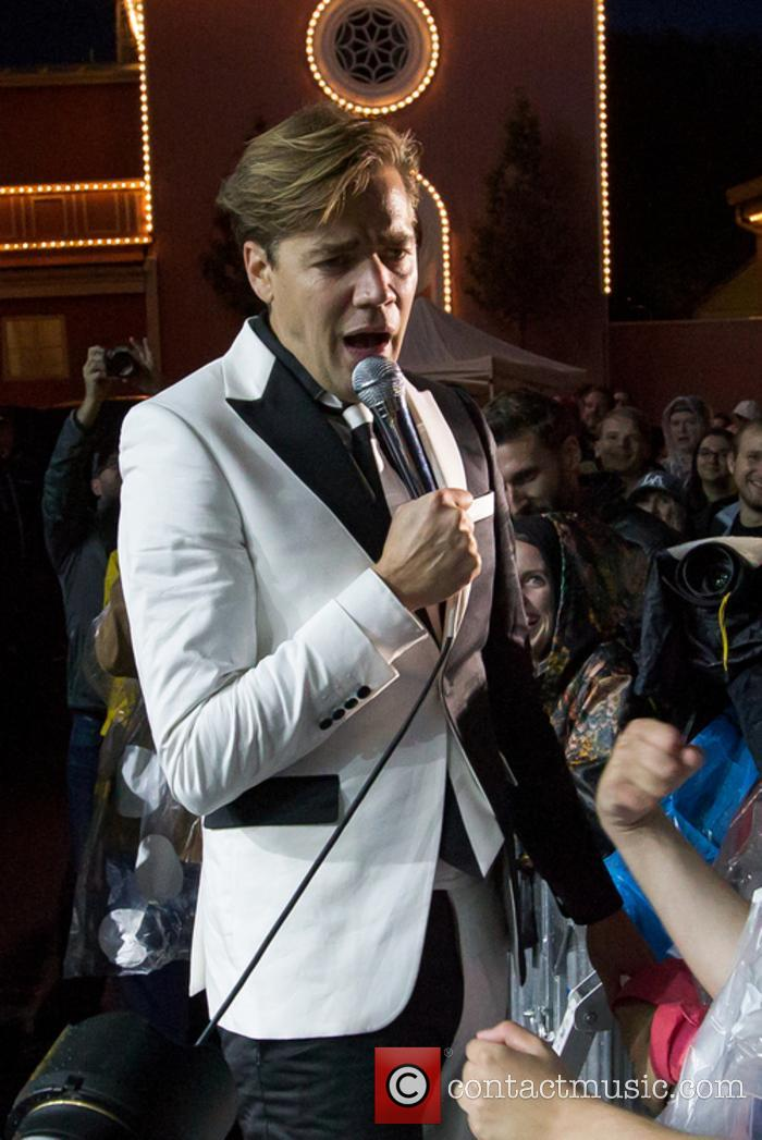 The Hives and Howlin' Pelle Almqvist 5