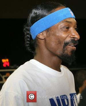 Snoop Dogg Bowled Over By Rimes' Beauty