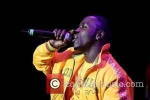 Akon opens for Gwen Stefani at the Nikon Jones Beach Theater Long Island, NY - 20.05.07