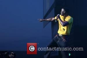 Jesse McCartney Punks Akon