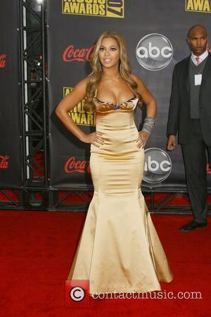 Beyonce Takes Tips From Rihanna