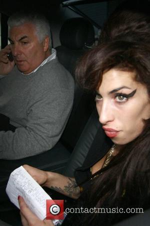 Winehouse Denies Rehab Speculation