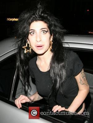 Winehouse Confirms Bond Theme Rumours