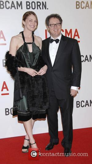 Spader: 'I Look Great In A Dress'