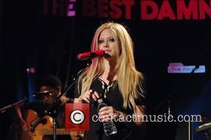 Lavigne Settles Plagiarism Lawsuit