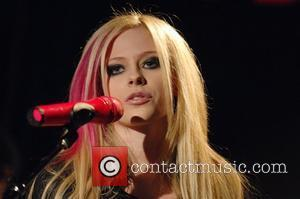 Lavigne To Launch Her Own Perfume