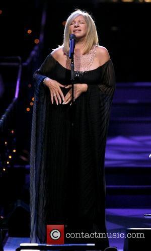 Streisand Donates To Clinton Charity