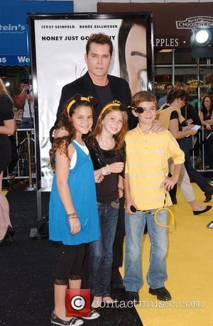 Ray Liotta, Karsen Liotta, Guests Los Angeles film premiere of 'Bee Movie' held at Mann Village Theater - Arrivals Westwood,...