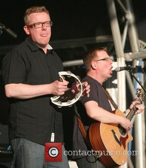 Proclaimers' Desperate For Stewart Cover
