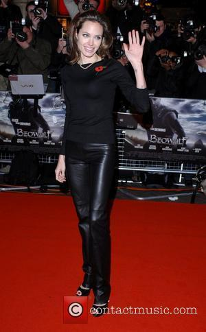 Jolie: 'I'm The Disciplinarian'