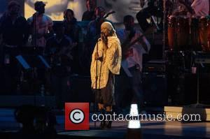 Badu Baffled By Brawling Story