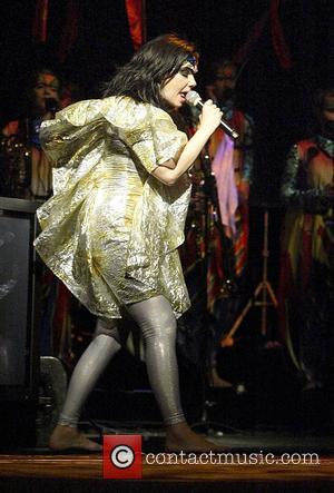 Bjork Speaks Out Over Festival Row