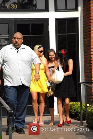 Spears' Former Manager 'Hiding' From Federline's Lawyer