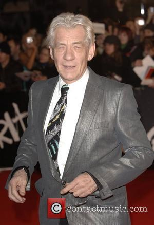 Mckellen Tears Out Bible's Anti-gay Page In Hotel Rooms