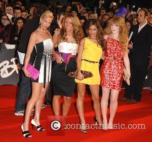 Girls Aloud Support Troubled Winehouse