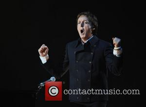 Mccartney And Mills In 'Truce' Over Daughter