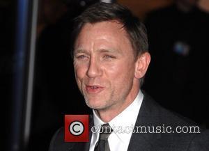 New Bond Wows Critics