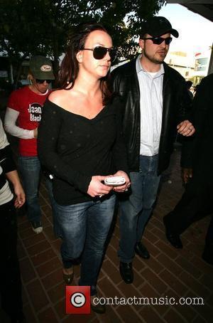 Britney's Bodyguard Testifies Against Her