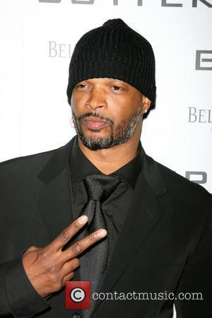 Wayans: 'Superstars Make Me Nervous'