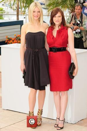 Gwyneth Paltrow and Vinessa Shaw The 2008 Cannes Film Festival - Day 7 'Two Lovers' - Photocall  Cannes, France...