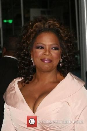 Oprah Pays Tribute To Her Heroines At Swanky Weekend Bash