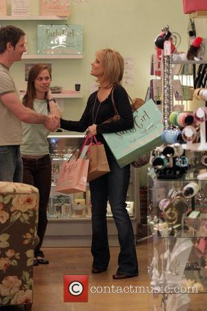 Cheryl Hines shopping at at Surly Girl Boutique on Robertson Boulevard  West Hollywood, California - 07.03.08