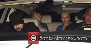 Aguilera Defends Hilton's Pop