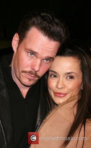 Kevin Dillon and Wife Cloverfield Premiere held at Paramount Pictures Lot - Arrivals Los Angeles, California - 16.01.08.