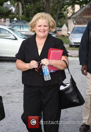 Anna Nicole's Mother Appeals To Halt Birkhead Travel Plans