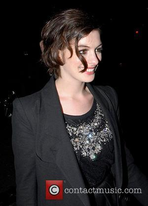 Hathaway Read Letters To Prepare For Austen Role