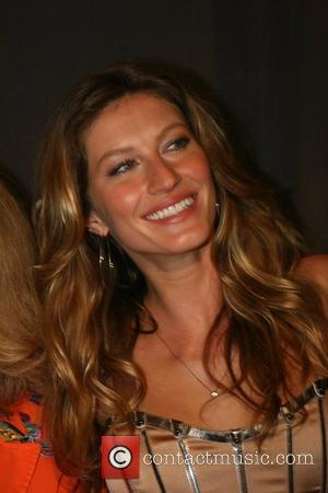 Gisele Denies Plans For D+g Collaboration