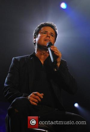 Osmond Prepares To Reunite With Family