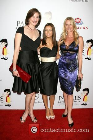 Brenda Strong, Eva Longoria and Nicollette Sheridan 7th Annual 'El Sueno De Esperanza' Benefit Gala held at The Lot -...