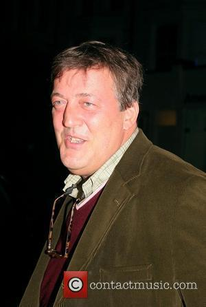 Stephen Fry: 'Brits Are Overrated In Hollywood'